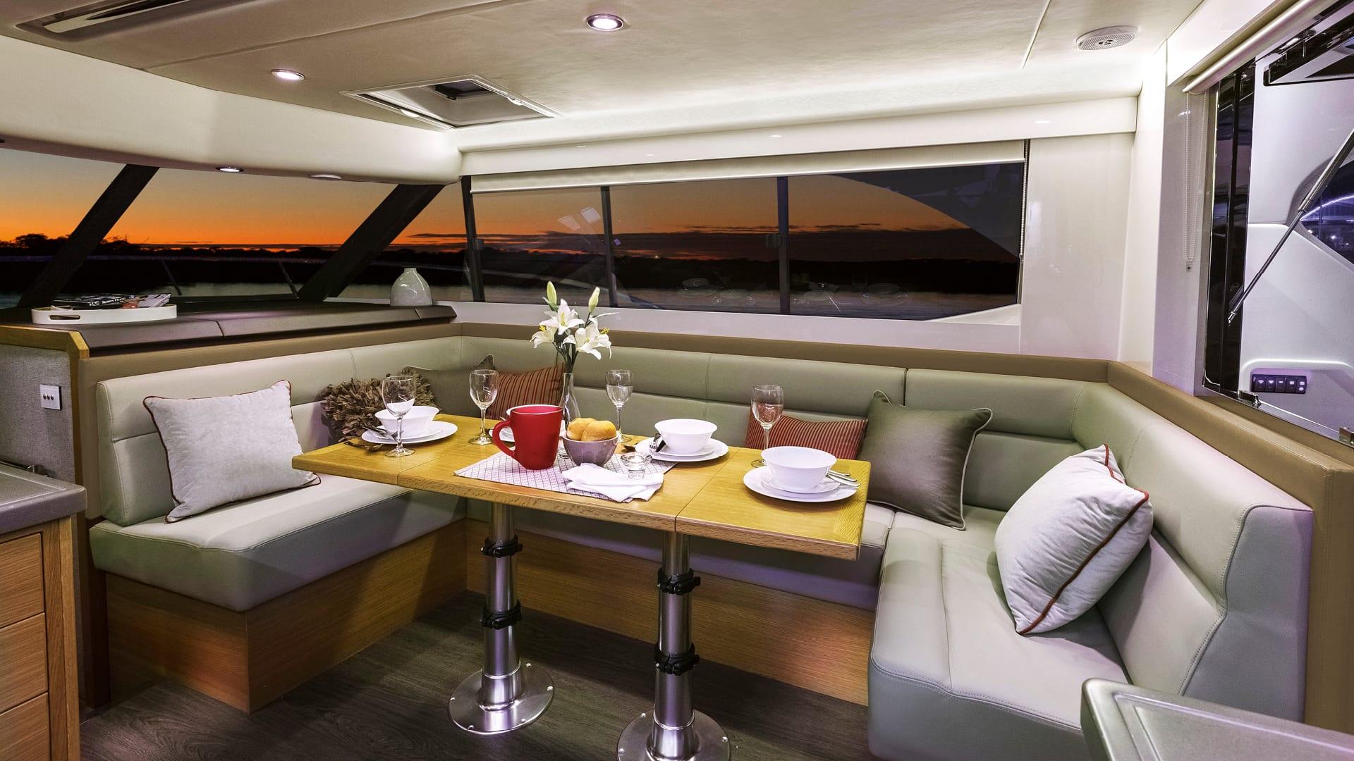 Riviera 445 SUV Saloon Dining 02 – Satin Oak Timber Finish