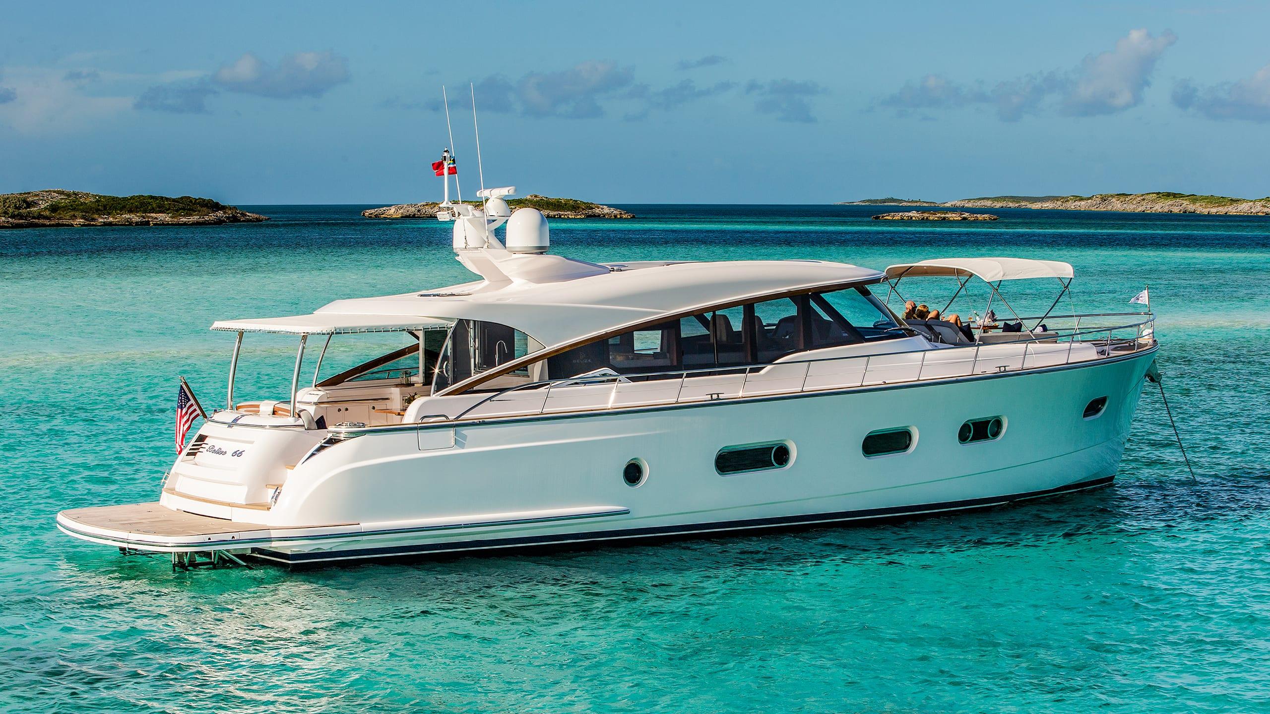Belize 66 Sedan Anchored 04