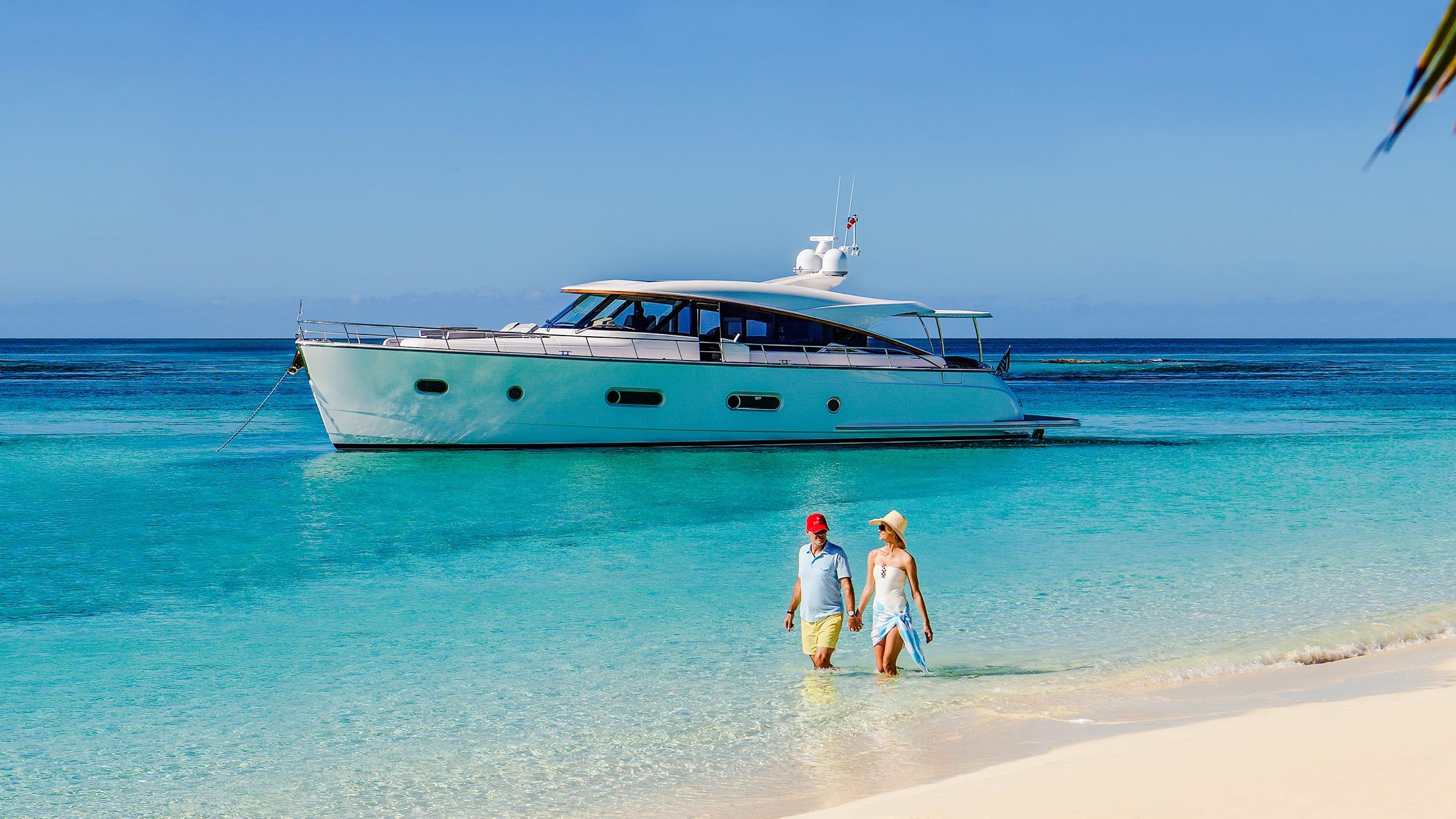 Belize 66 Sedan Lifestyle 02