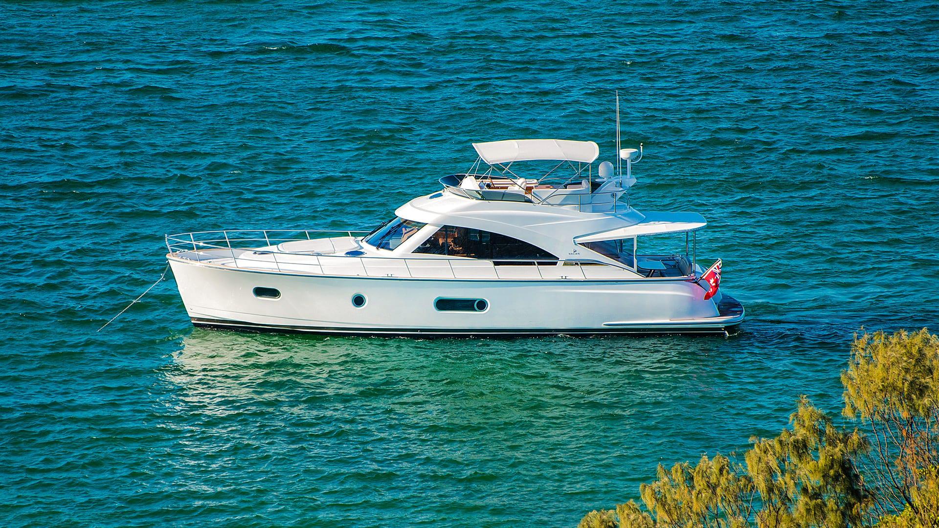 Belize 54 Daybridge Anchored