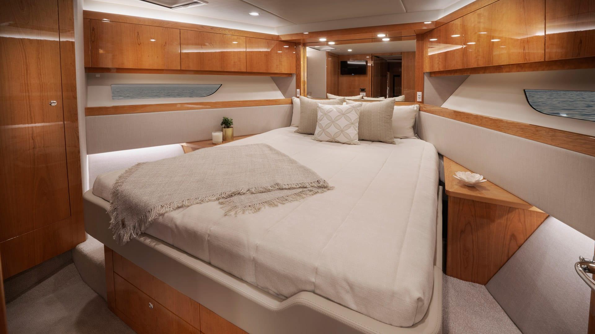 Riviera 54 Enclosed Flybridge Forward VIP Stateroom – Gloss Cherrywood Timber Finish 01