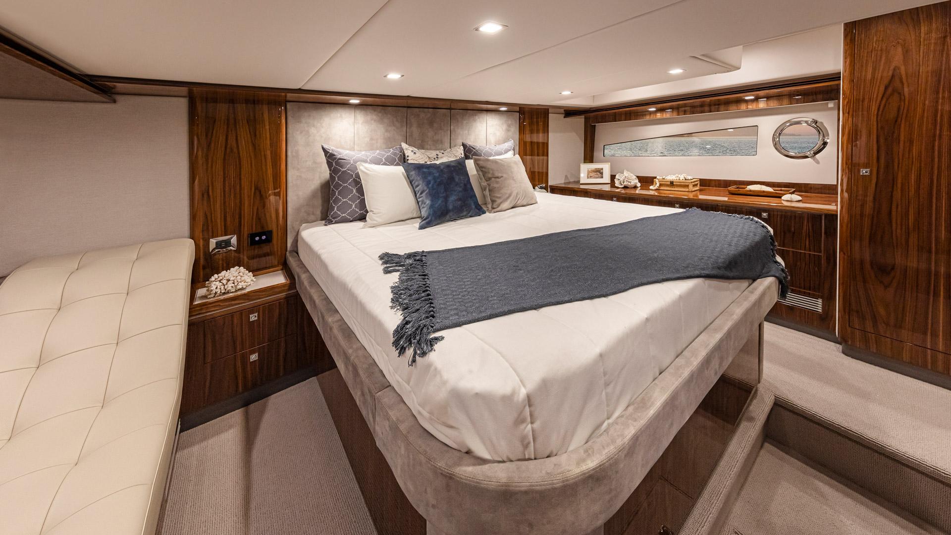 Riviera 5400 Sport Yacht Platinum Edition Forward Master Stateroom – Gloss Walnut Timber Finish 03