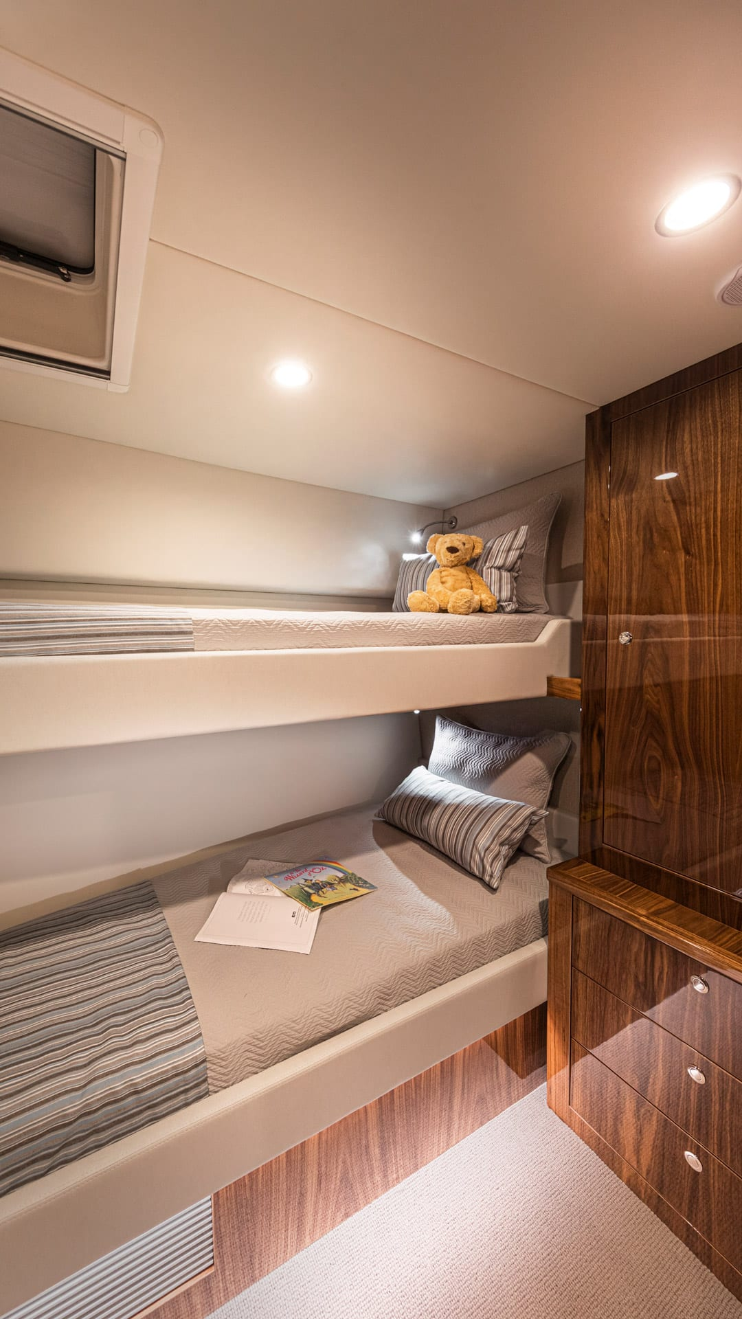 Riviera 57 Enclosed Flybridge Guest Starboard Stateroom 02 – Gloss Walnut Timber Finish