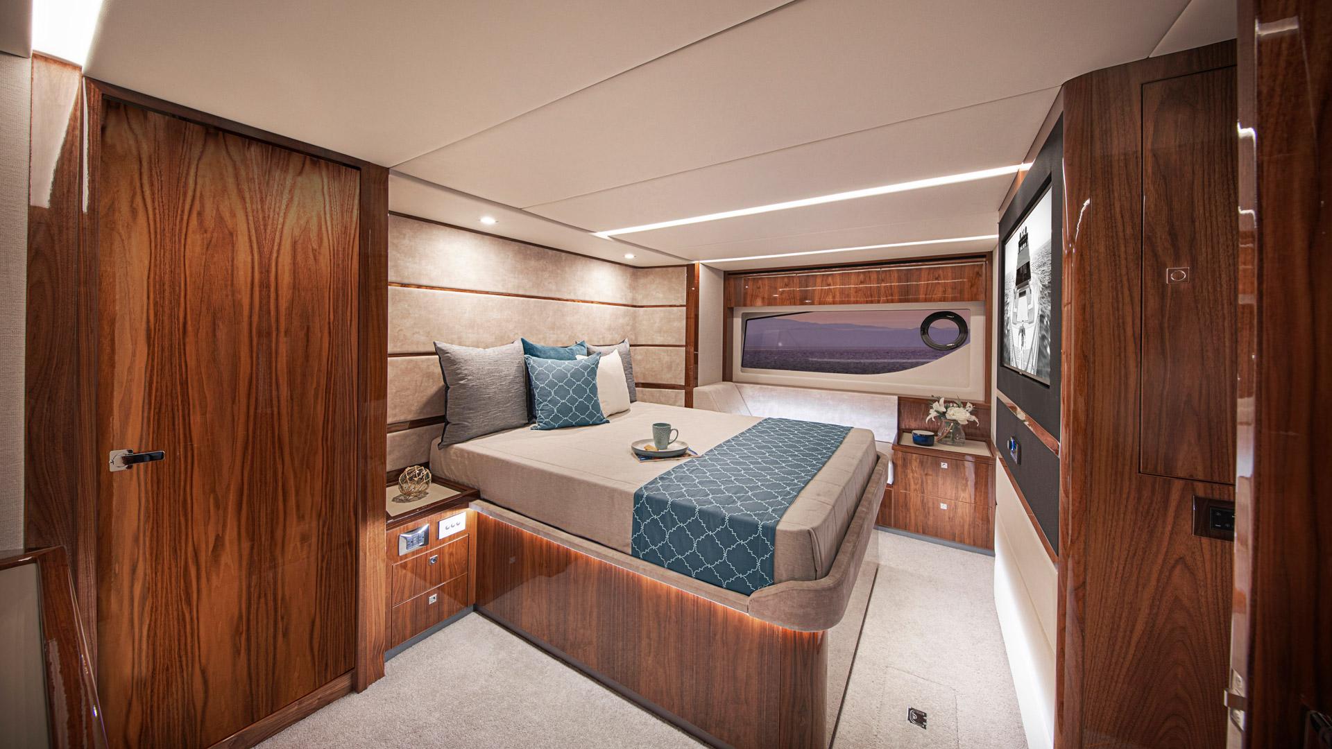 Riviera 64 Sports Motor Yacht Master Stateroom 02
