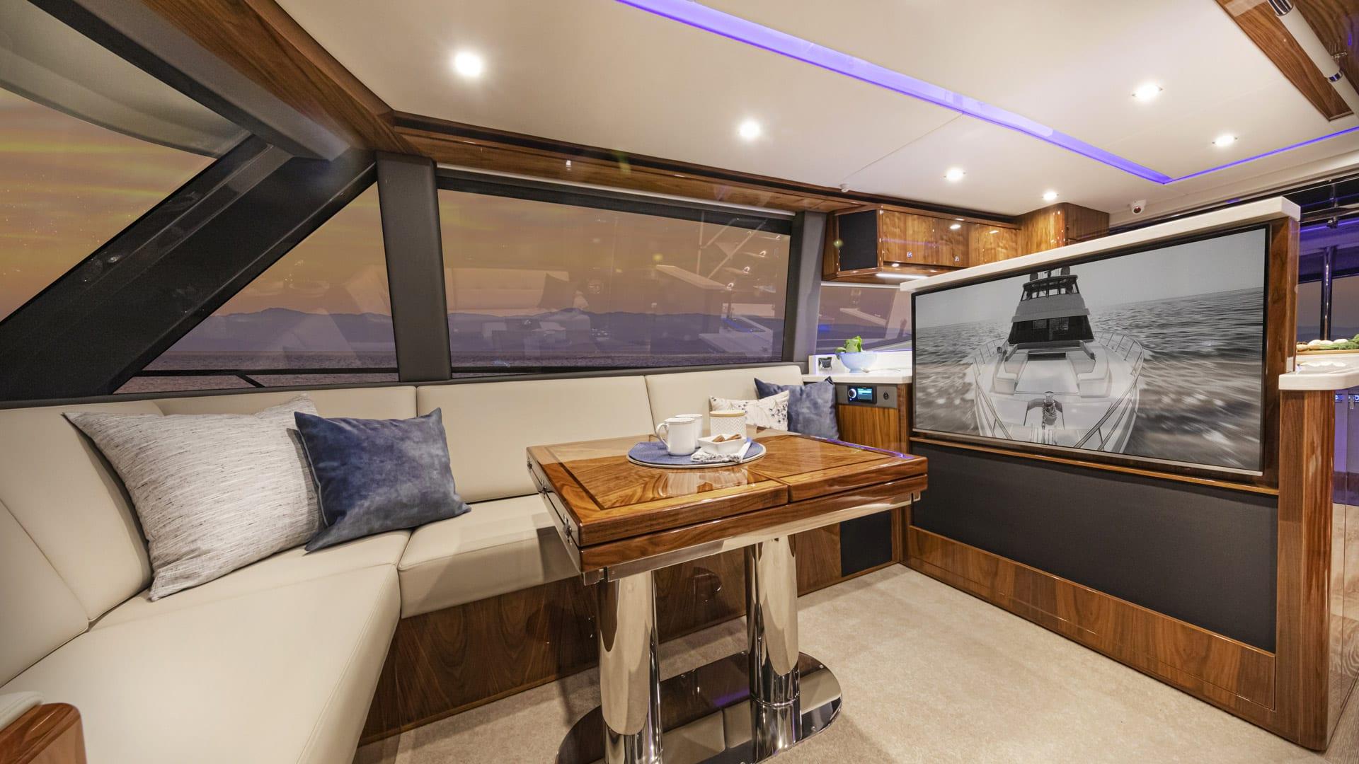Riviera 64 Sports Motor Yacht Saloon 04