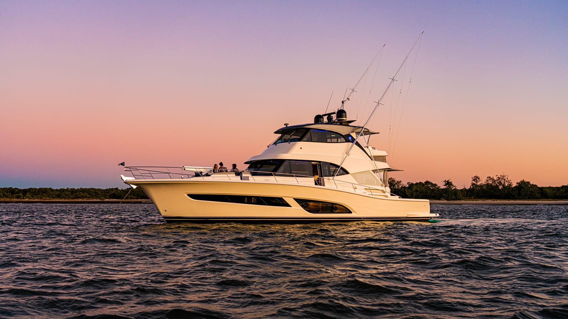 Riviera 64 Sports Motor Yacht Sunset 01