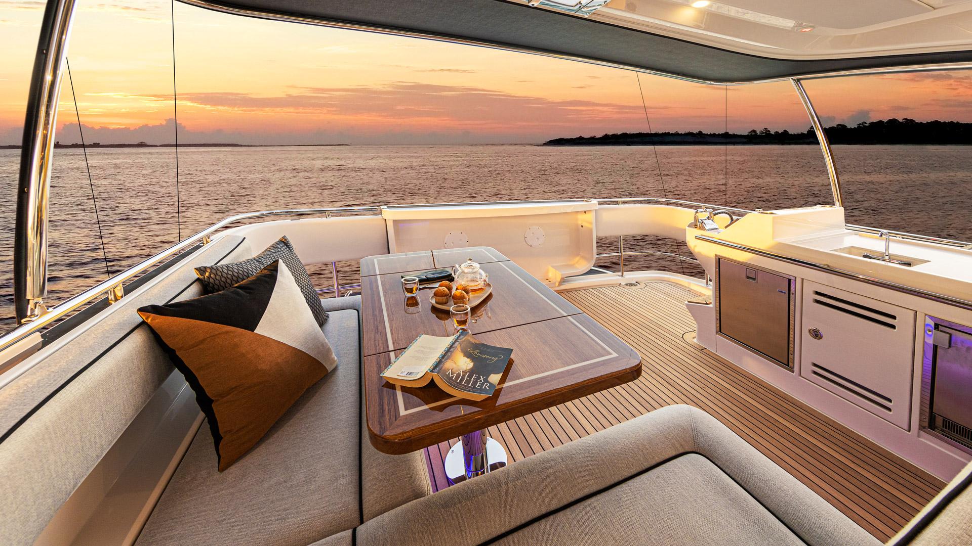 Riviera 72 Sports Motor Yacht Flybridge Aft Deck 02