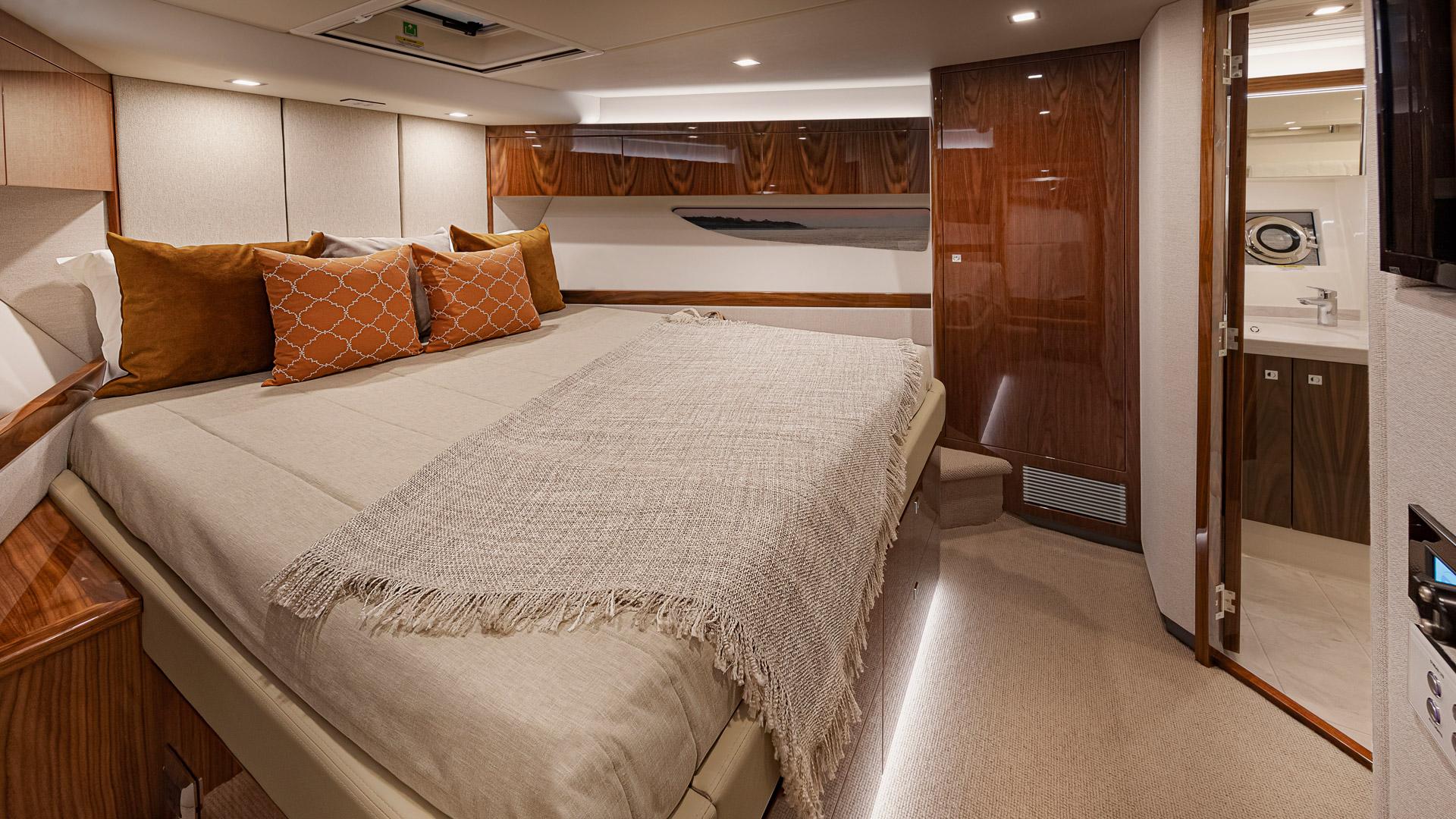Riviera 72 Sports Motor Yacht Forward VIP Stateroom 02