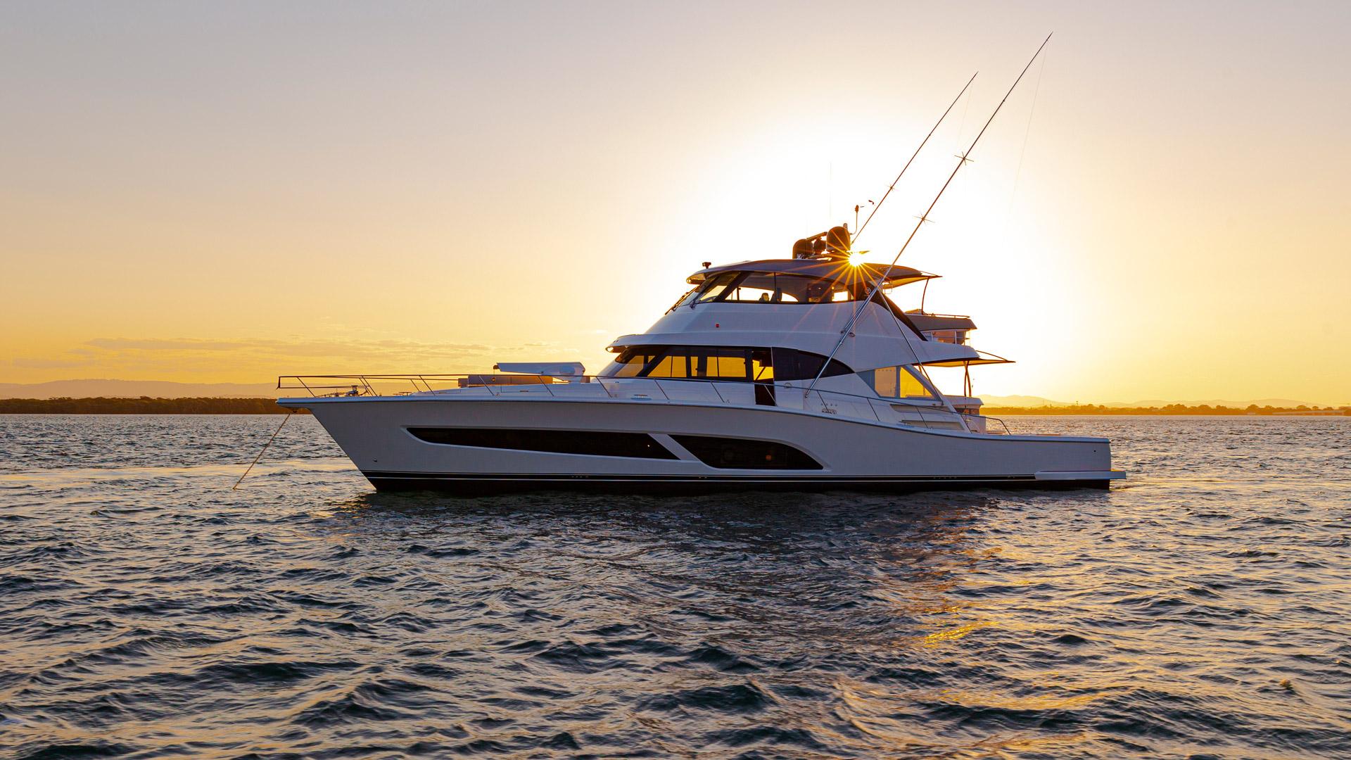 Riviera 72 Sports Motor Yacht Sunset 001