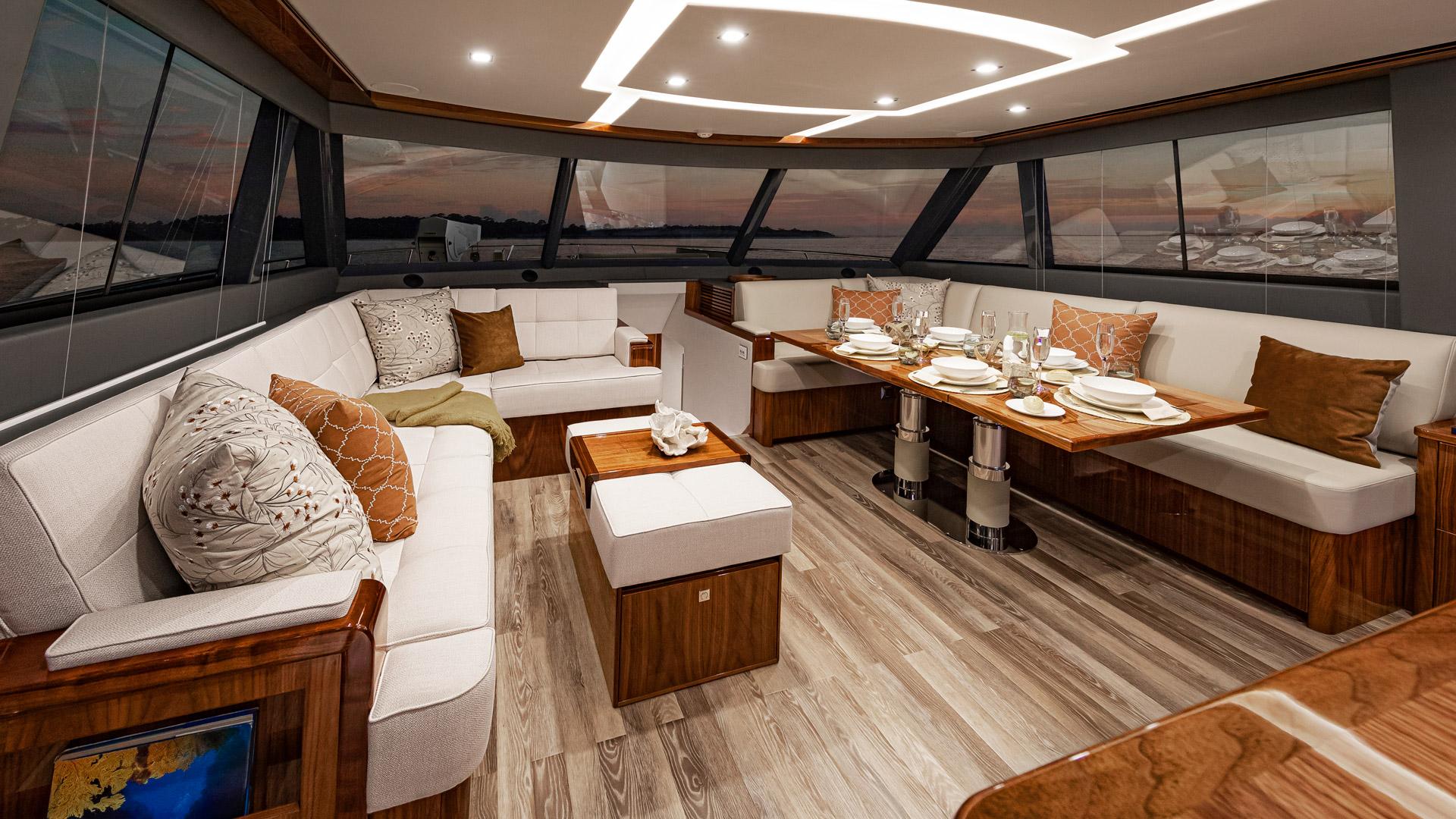 Riviera 72 Sports Motor Yacht Saloon 02