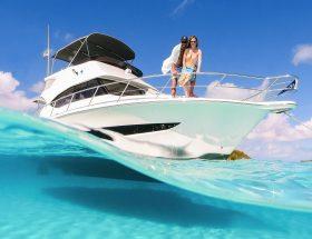 Riviera-39-Sports-Motor-Yacht-Waterline-04